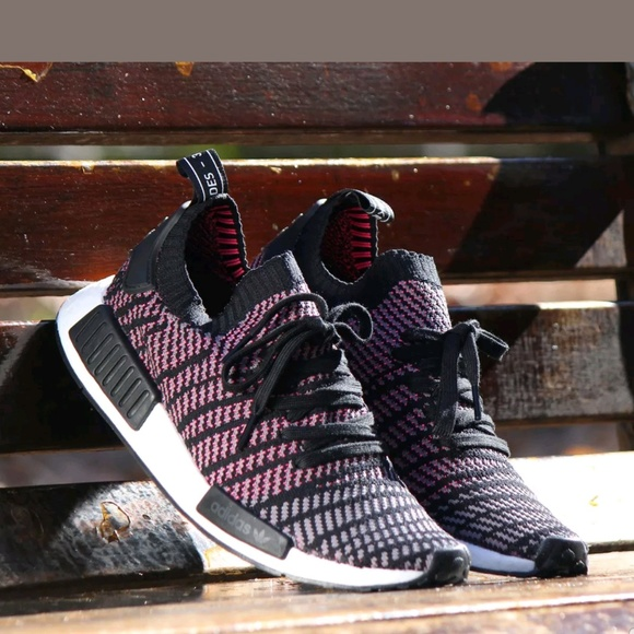 separation shoes 11174 e7fa8 Adidas NMD R1 STLT Black Solar Pink size 11.5
